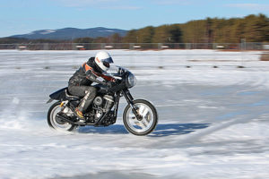 ice_racing_motorcycle_001_12122013